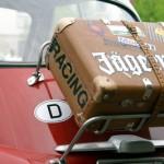 Urlaubsfahrt: Gepäck im Auto sichern. Foto: Marcus Luthe / pixelio.de