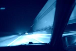 Geschwindigkeitsrausch - gefährlich und teuer! Foto: Gabriela Mehl / pixelio.de